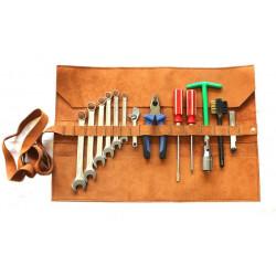 Trousse cuir avec outils